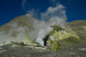 NZ17-WhiteIsland03-300x200 Vulkane